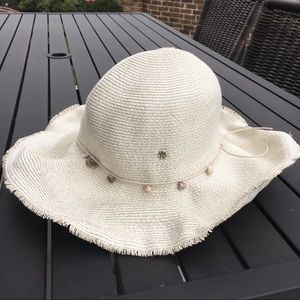 Flora Bella White Mother of Pearl Beach Hat